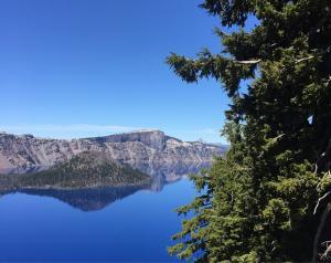 Crater Lake Oregon 2
